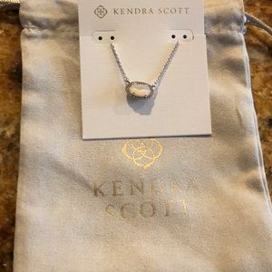 Kendra Scott Ember mother of pearl necklace NEW